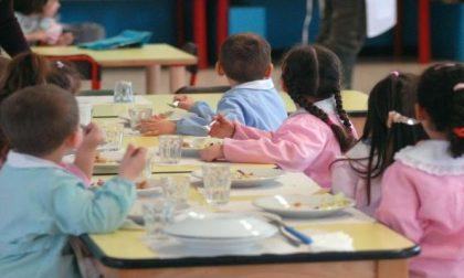 Centro cottura della mensa, soddisfazione per la visita dei genitori
