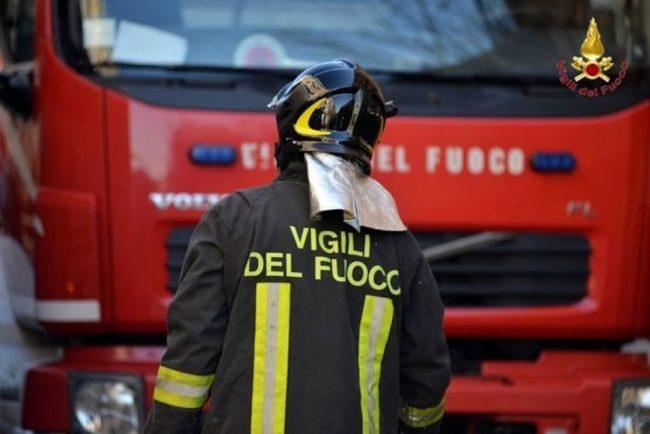 Incendio in un box di un&#8217&#x3B;abitazione privata di Rescaldina