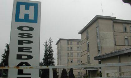 """L'Asst Sette Laghi chiarisce: """"16 pazienti positivi al Galmarini, resta pienamente operativo"""""""