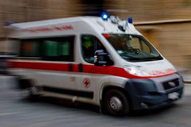Parabiago, due ragazzi seminano il caos e finiscono gravi in ospedale