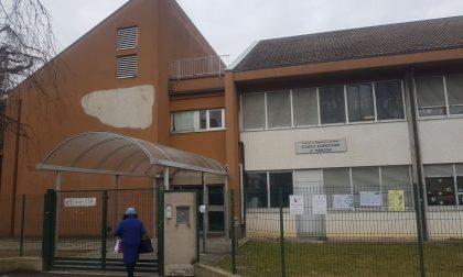 Salgono i contagi, sospese le lezioni in presenza per gli alunni dell'elementare Manzoni