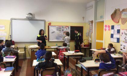 Protezione Civile a scuola coi bimbi delle elementari