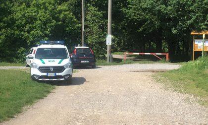 Trovato il corpo senza vita di un ragazzo nel Parco Lura