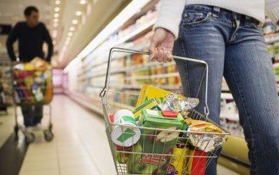 Filmava i fondoschiena delle donne al supermercato