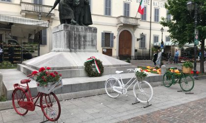Art bonus a Turate: gli Alpini donano 625 euro per il monumento