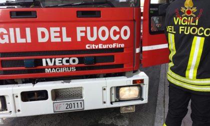 Furgoncino si ribalta sulla superstrada della Malpensa