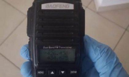 Apparecchi radio per intercettare carabinieri, denunciato