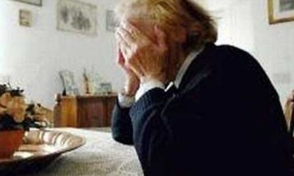 Violenze e maltrattamenti contro la madre 85enne, arrestato