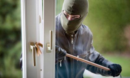 Tentata rapina in villa a Venegono, in tre armati di bastone al Mirabello