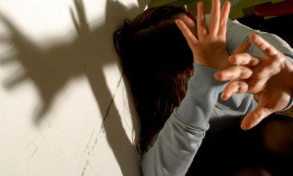 Lesioni alla moglie, arrestato 45enne