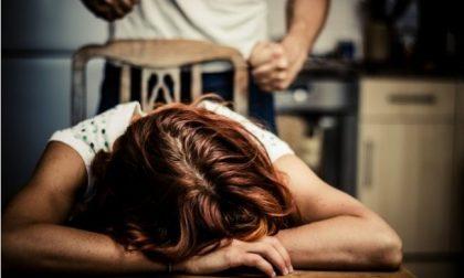 Maltrattamenti continui verso la moglie e i 5 figli: padre allontanato da casa