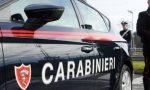 Armi clandestine e stupefacenti in casa: arrestato 59enne