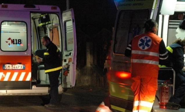 Con l&#8217&#x3B;auto contro un ostacolo, soccorsa una 41enne SIRENE DI NOTTE