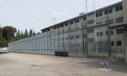 Aggressione in carcere dopo il finto malore: ispettore e agente in ospedale