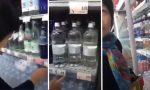 A Monza cliente cinese ripresa e ridicolizzata dall'addetto del supermercato VIDEO