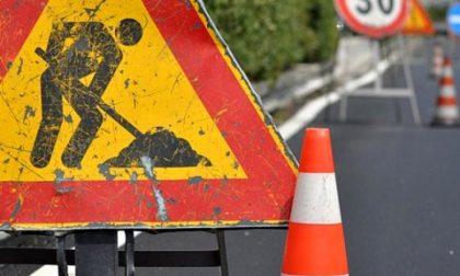 Rinnovo della segnaletica di via Cadorna, sosta vietata fino a venerdì