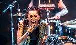 Alteria canta sul palco insieme a Ian Paice batterista dei Deep Purple FOTO