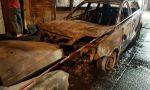 Auto a fuoco nella notte a Robecchetto