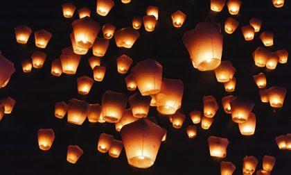"""Appello della Protezione Civile contro le lanterne volanti: """"Rischio incendi"""""""