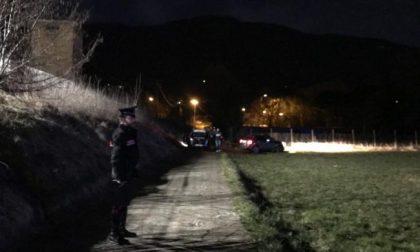 Tragedia in Valtellina, ragazza trovata senza vita in un prato