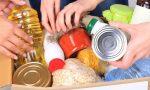 Pacchi alimentari a Saronno con l'aiuto di Caritas e Parrocchia