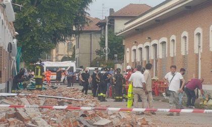 """Crollo di Albizzate, crepe """"strutturali"""" sulle pareti dell'edificio prima del crollo fatale"""