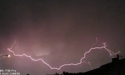 Spettacolare tempesta di fulmini nei cieli tradatesi VIDEO
