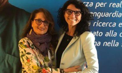 """Rosa Camuna alla """"mamma"""" di Caos Adele Patrini"""