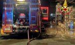 Incendio in ditta a Caronno Pertusella, pompieri in azione