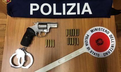 Pistola non dichiarata e con matricola abrasa, arrestato un venegonese