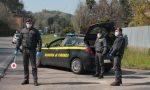 """Fugge all'alt alla dogana di Gaggiolo: """"Ho una bomba a bordo"""". Falso allarme, ma in casa trovata droga"""
