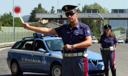 Inversione di marcia con auto rubata alla vista della Polizia, arrestato per spaccio, ricettazione e resistenza a pubblico ufficiale