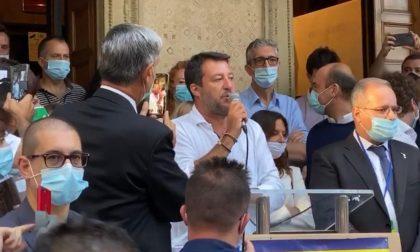 """Salvini show in villa Gianetti: """"Chi a Saronno vuole i migranti, se li mantenga"""" FOTO"""