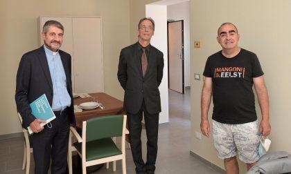 Blu Home: taglio del nastro (con Elio) degli appartamenti per l'autismo di Sacra Famiglia