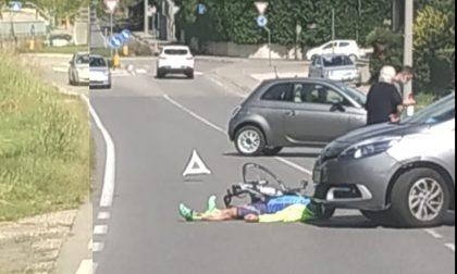 Ciclista investito sul cavalcavia a Turate