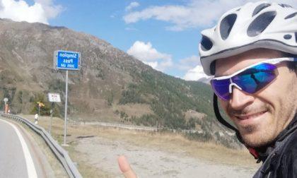 In bici 24 ore non stop dal passo del Sempione allo Stelvio