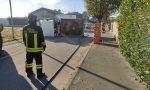 Scontro fra camion a Turate, uno finisce ribaltato FOTO