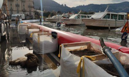 Lago di Como esondato, la piazza è stata quasi interamente prosciugata dalle idrovore