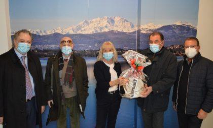Panettone gigante dai panificatori di Varese per i bambini del Del Ponte