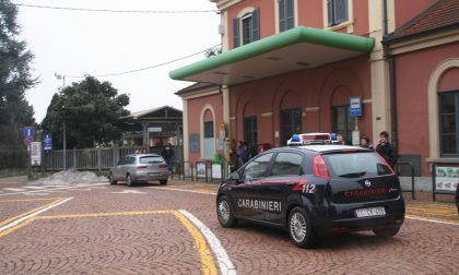 Tentata rapina sul treno a Tradate, 39enne accoltellato