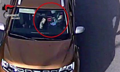 Corriere Amazon sequestrato e rapinato: cinque arresti, uno a Caronno