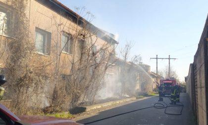 Incendio in via XXV Aprile: intervento dei Vigili del fuoco