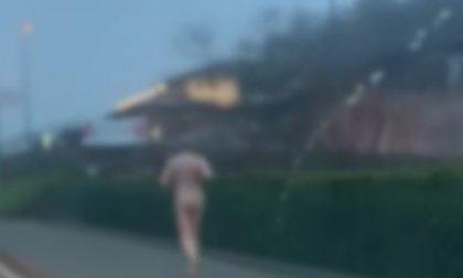 Brescia, esce a correre sul lago… ma è nudo
