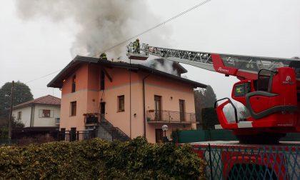 Case in fiamme a Venegono e Turate