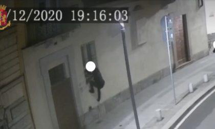 Furti nelle case dei vip, minore arrestato a Caronno Pertusella: tra le vittime anche Diletta Leotta e Hakimi