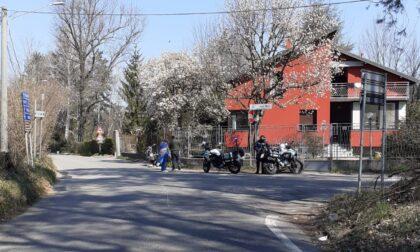 Pianbosco, perde il controllo della moto per evitare un'auto: in ospedale