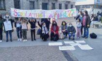 Anche Tradate alla manifestazione a Milano contro la DaD