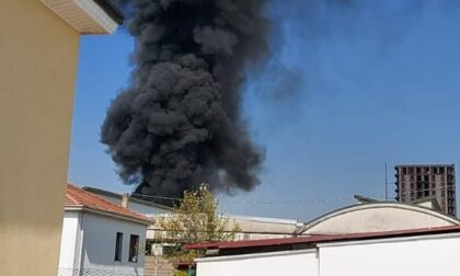 Incendio nel deposito degli autobus di Caronno Pertusella