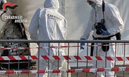 Molotov contro il centro vaccinale di Brescia