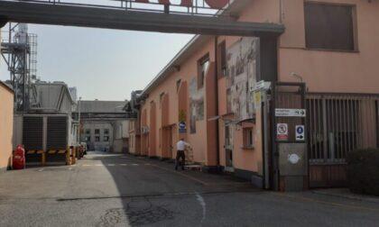 Infortunio sul lavoro a Cadorago: operaio di Lomazzo scivola dalla scala